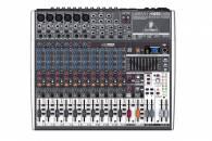 Mixer Behringer X1832